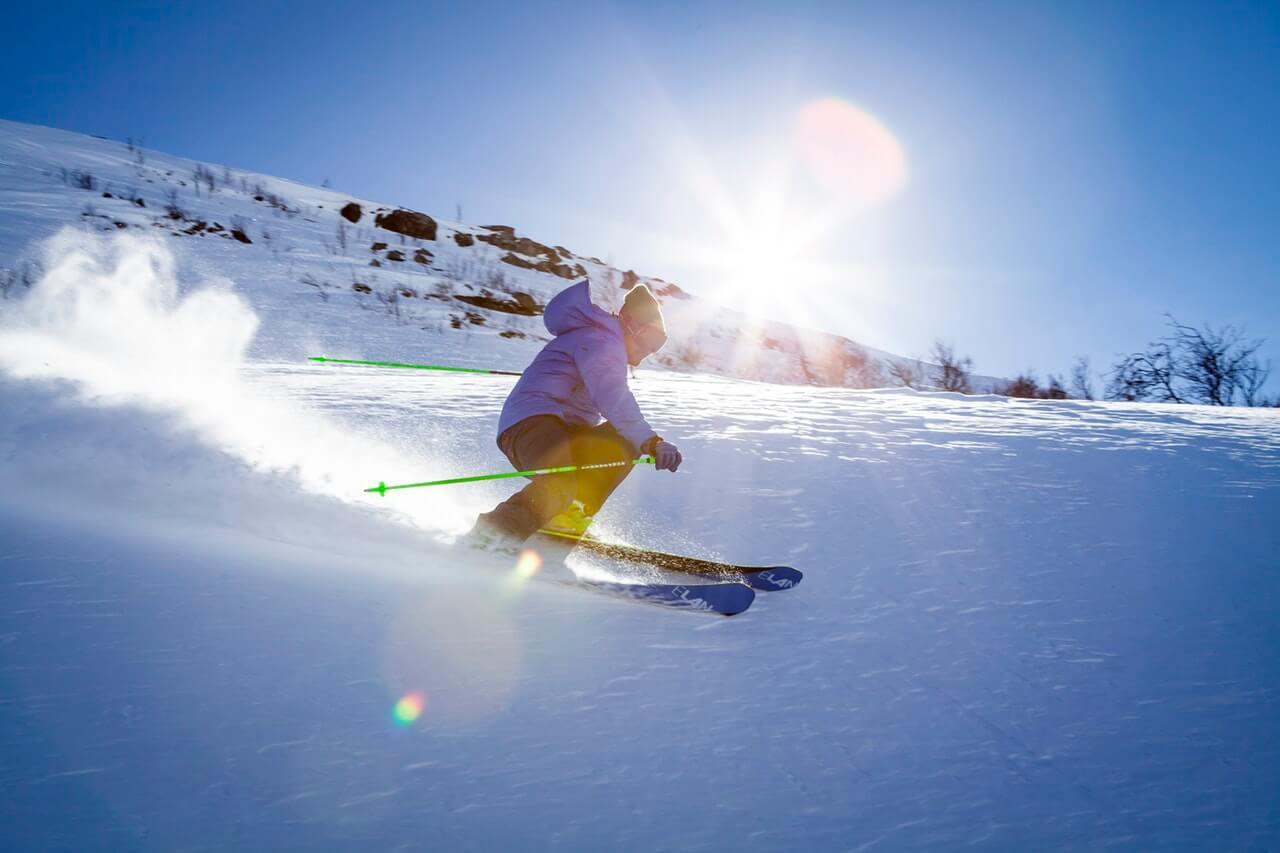 nice-skiiing-pro-1
